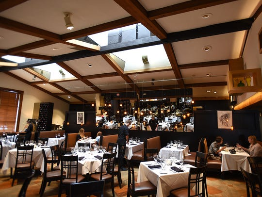 The dining room of Andiamo Ristorante in Bloomfield