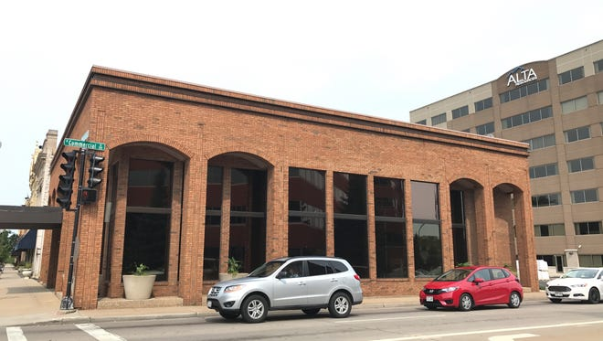 Alta Resources purchased the former Bank Mutual building at the corner of Wisconsin Avenue and Commercial Street in downtown Neenah.