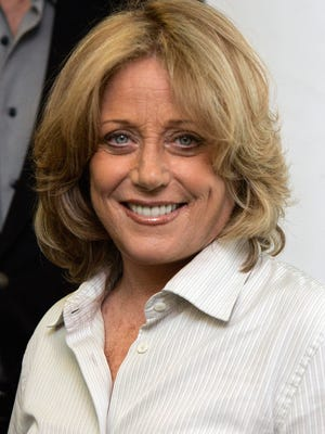 FILE - In this Wednesday, Sept. 26, 2007, file photo, singer Lesley Gore poses for a photo at Sirius Satellite Radio studios in New York.