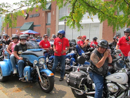 20150904_ELM_Ride_for_the_Red