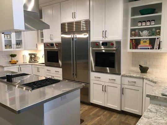 636329624701034418-Relish-Kitchen-Image.jpg