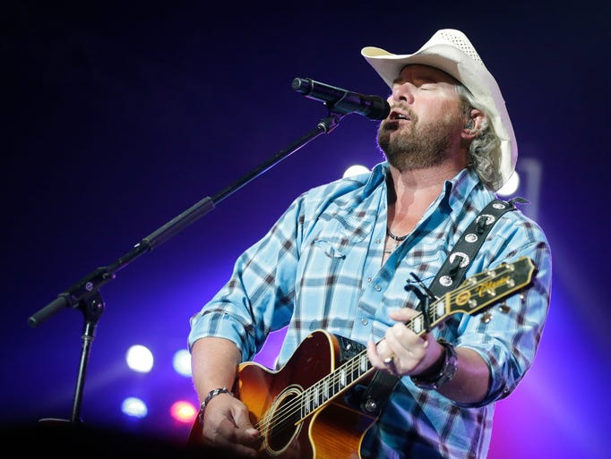 Country singer-songwriter Toby Keith performs Aug.