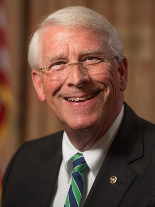 XXX CAPITAL DOWNLOAD WITH SEN. ROGER WICKER_JMG_139673.JPG USA DC