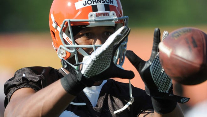 Cleveland Browns wide receiver Charles Johnson (80) practices during training camp at the Cleveland Browns training facility.