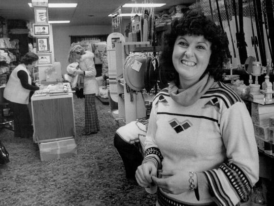 1977: Sylvia Pelano, owner of Baron's Abode, moved her home decorating store from the East Rochester Village Mall to the new Fairport Village Landing Shopping Center.