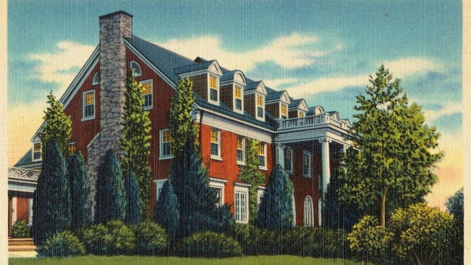 This 1930s postcard shows the Ingleside main building.