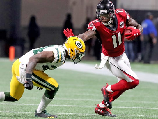 Green Bay Packers cornerback Quinten Rollins (24) gives