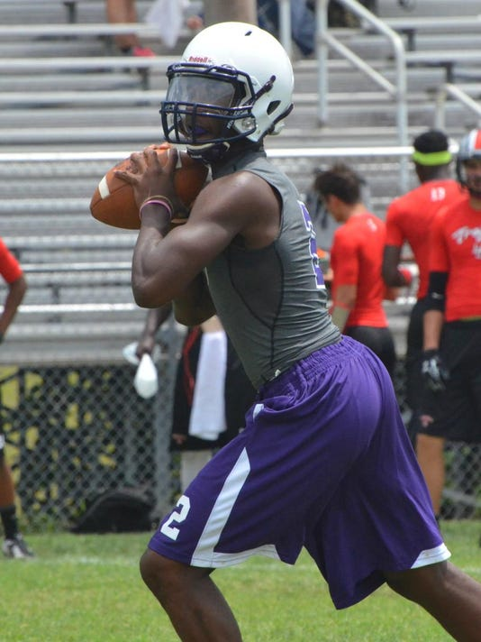 Clarksville QB J.J. Jones