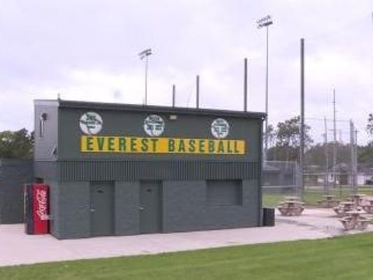 2016-09-30 15_10_46-Marathon Co. Crime Stoppers_ Vandals hit DCE baseball fi