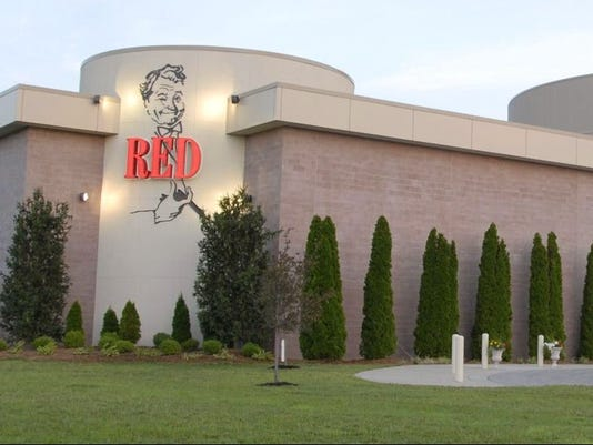 636676030143453588-1.-The-Red-Skelton-Performing-Arts-Center-and-Museum-on-the-campus-of-Vincennes-University.-Photo-provided-by-Anne-Pratt-Museum-Executive-Director.jpg
