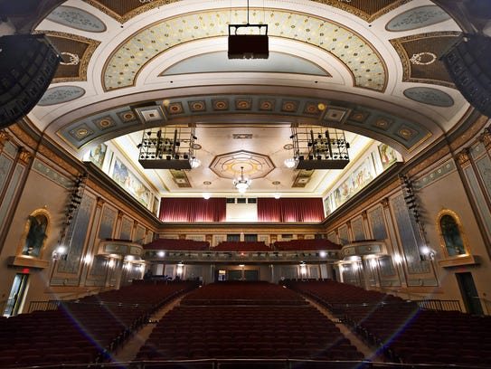 The Strand, as seen from the stage before William Penn's