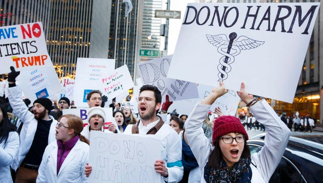 Medical students protest in support of Obamacare in New York on Jan. 30, 2017.