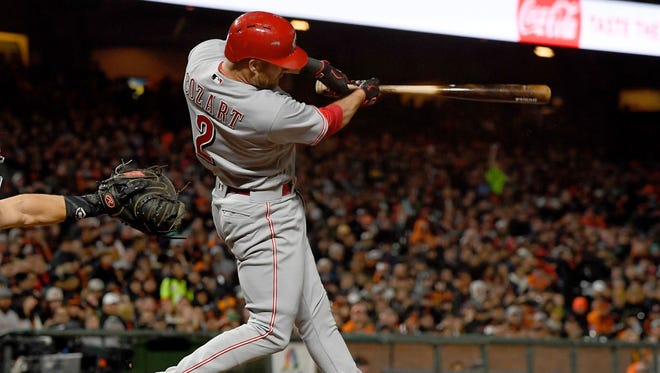 Zack Cozart doubled in the go-ahead run in the eighth inning of Thursday's 3-2 Reds victory over the Giants.