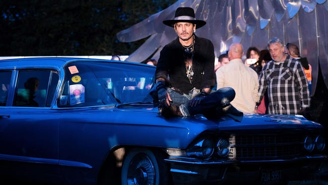 "Johnny Depp indruduces a screening of ""The Libertine"" film at the Cineramageddon cinema on day 1 of the Glastonbury Festival 2017 at Worthy Farm, Pilton on June 22, 2017 in Glastonbury, England.  (Photo by Ian Gavan/Getty Images)"