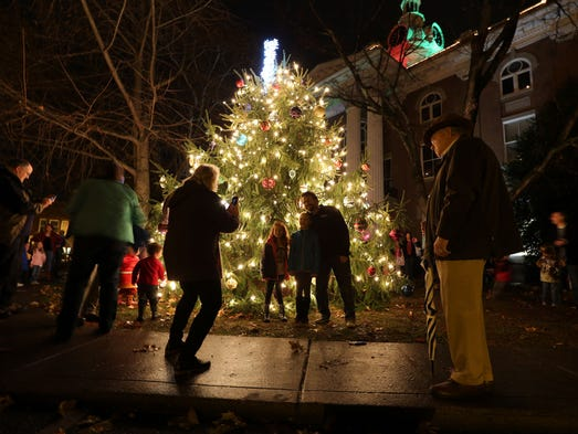 the christmas tree lighting in downtown murfreesboro - Christmas Tree Lighting