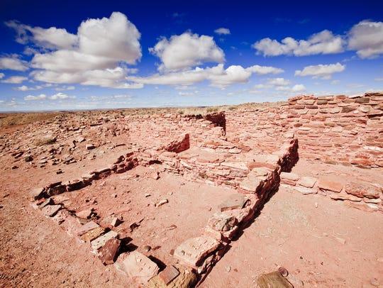 Take a petroglyph hike to Tsu'vö Petroglyph Site at