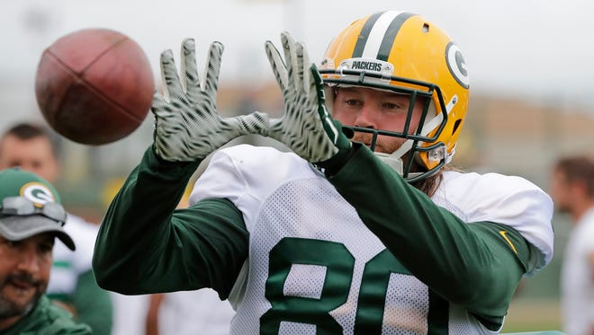 Green Bay Packers tight end Justin Perillo (80) during training camp at Ray Nitschke Field.