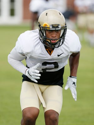 Cornerback Da'Wan Hunte runs a drill as Purdue football practices Thursday, August 11, 2016, on the campus of DePauw University in Greencastle.