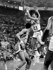 Larry Finch shoots against UCLA in the championship