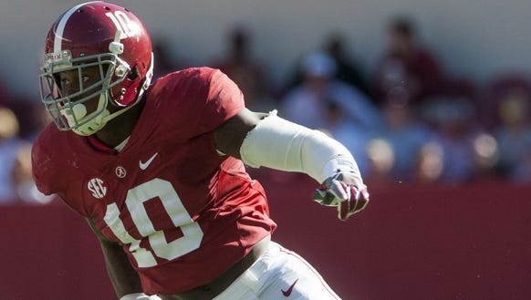 Alabama linebacker Reuben Foster (10) against Texas