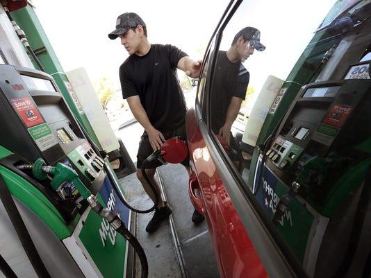 Gas Prices Dip To 1 87 Per Gallon In East El Paso