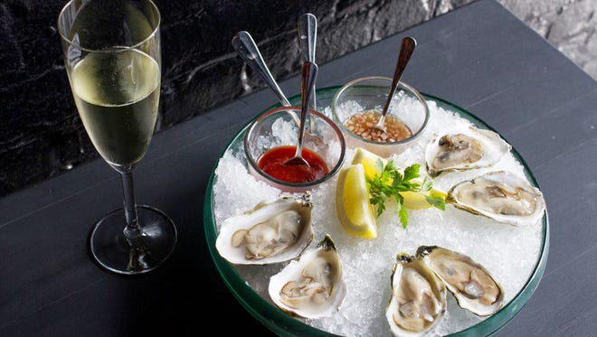 Oysters and bubbly at Virgola.
