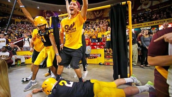 """Arizona State fans showcase their """"Curtain of Distraction"""""""