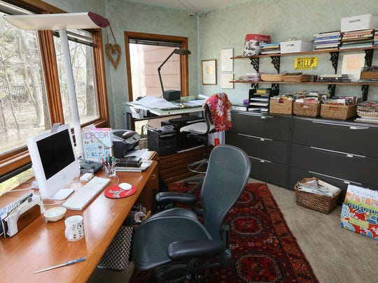 Both Jane and Steve work from home. This is Jane's office.