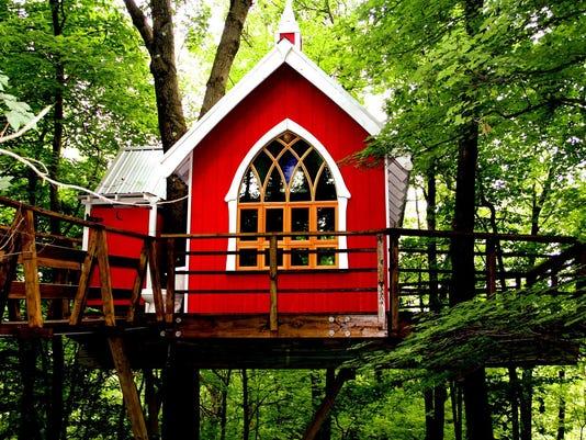 Glamping-treehouse2.jpg