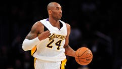 Lakers guard Kobe Bryant will have surgery on his right