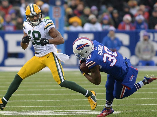Green Bay Packers receiver Randall Cobb (18) watches