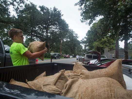 Leon County and the City of Tallahassee have made sandbags available in anticipation of heavy rains and flooding this weekend.