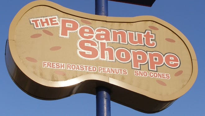 The Peanut Shoppe on Summer is closing after 58 years.
