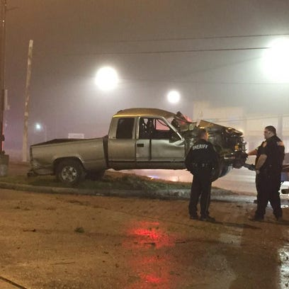 Crash into power pole in N. Harris County