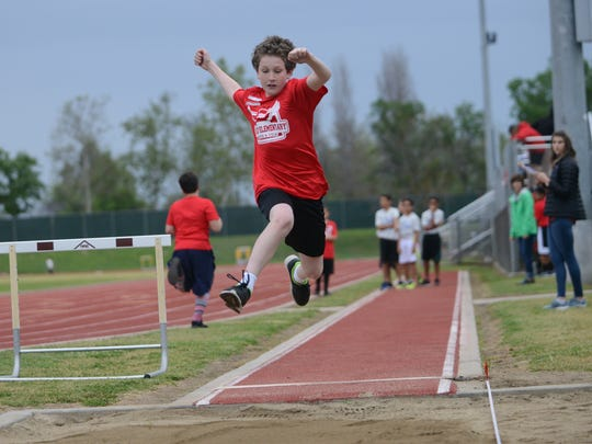 Visalia elementary school track meets are among the gatherings canceled by Visalia Unified School District following a confirmed case of COVID-19 in Tulare County. VUSD will reevaluate the situation April 30.