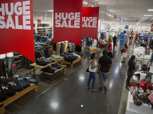 BLM JCPENNEY EARNS A FIN USA NY