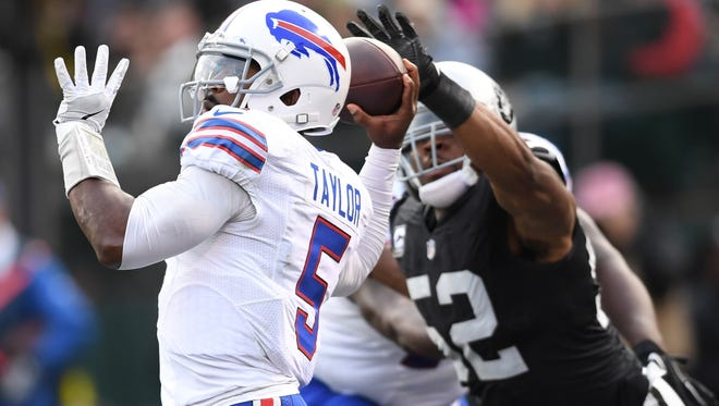 Tyrod Taylor threw for just 191 yards and was sacked four times in Oakland.