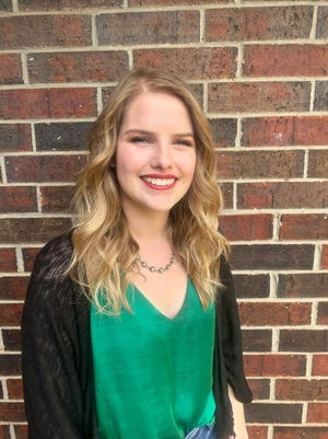 Seminole State College sophomore Taryn Washburn was recently recognized as the 2019-2020 Outstanding Social Sciences student.