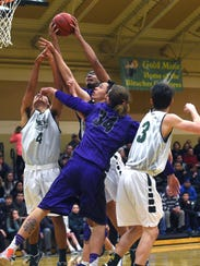 Spanish Springs' Marcus Loadholt (33) grabs a rebound