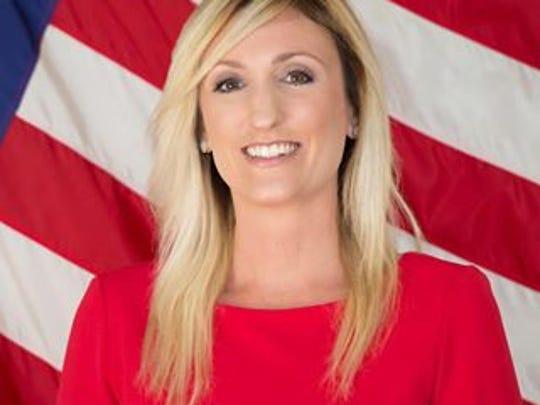 Kristin Heiser.