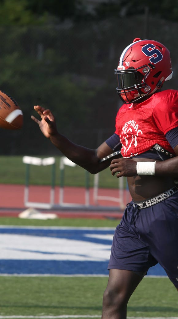Senior Trill Williams during football practice at Stepinac