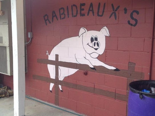 Rabideaux's in Iowa serves boudin, cracklins and plate