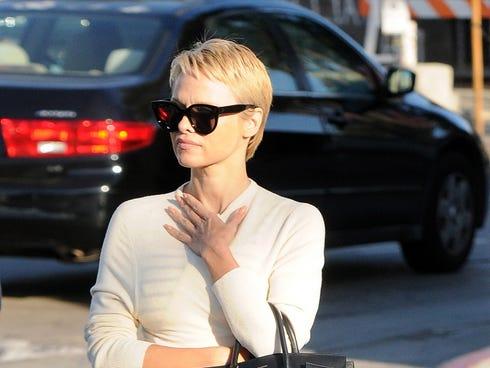 Pamela Anderson New Haircut