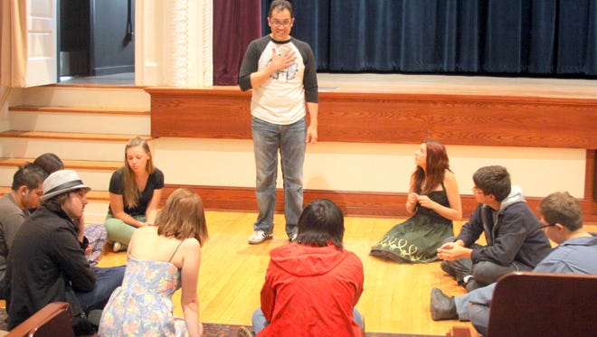 Lee Francis IV teaches students from Aldo Leopold how to perform poetic stories.