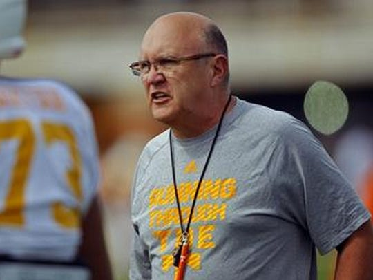 Former Tennessee offensive coordinator Mike DeBord will be hired for the same position at IU.