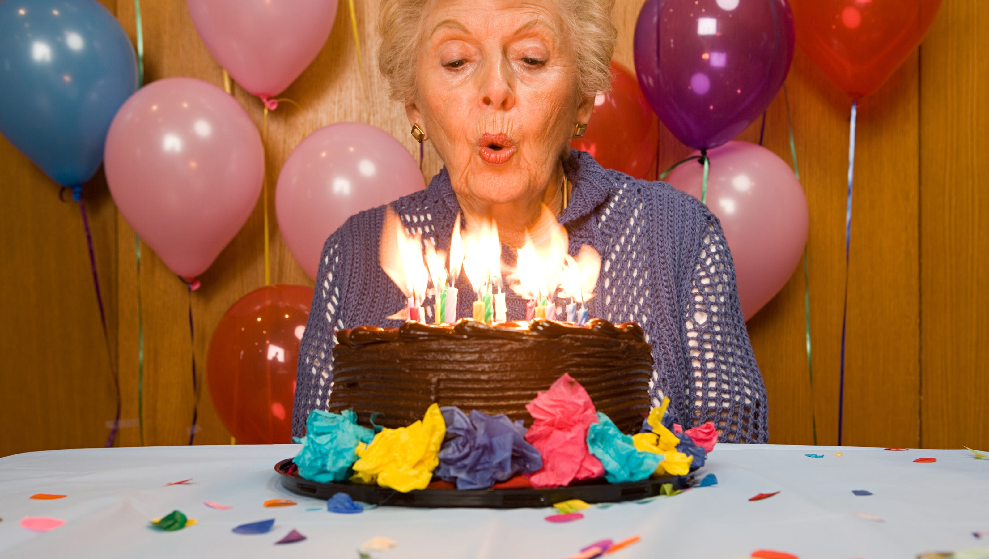 Blowing Out Birthday Candles Increases Bacteria On Cake 1 400