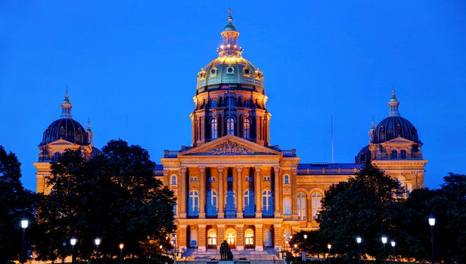 The Iowa State Capitol building is just one of Des Moines' many postcard-worthy sites.