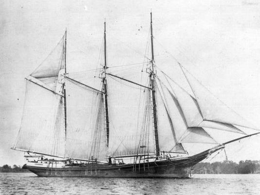 three masted schoonerrc01895.jpg