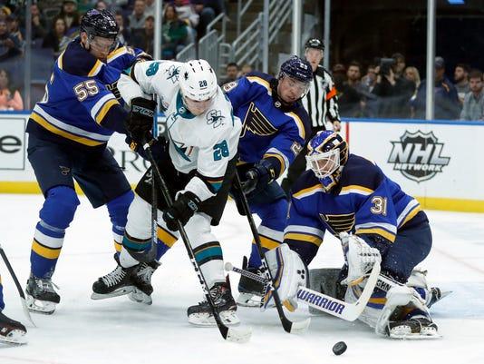 Sharks_Blues_Hockey_91806.jpg