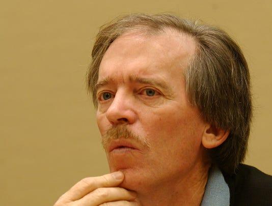 Bond guru Bill Gross leaves Pimco, joins Janus Capital